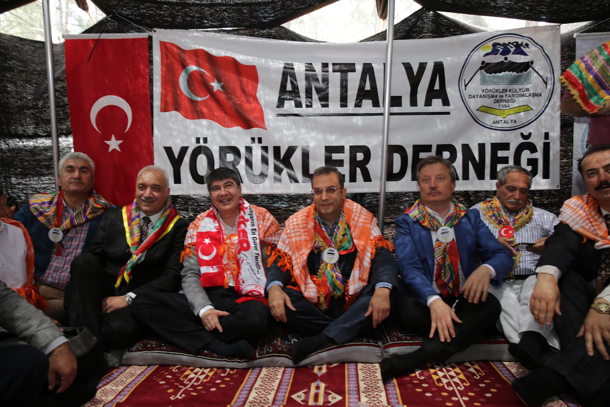 Yörük találkozó Antalyában - Forrás: buyukantalya.com